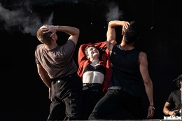 20190623 ChristineandtheQueens 31 bs TheaDrexhage