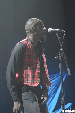 20190305 YoungFathers 006 bs RuneFleiter