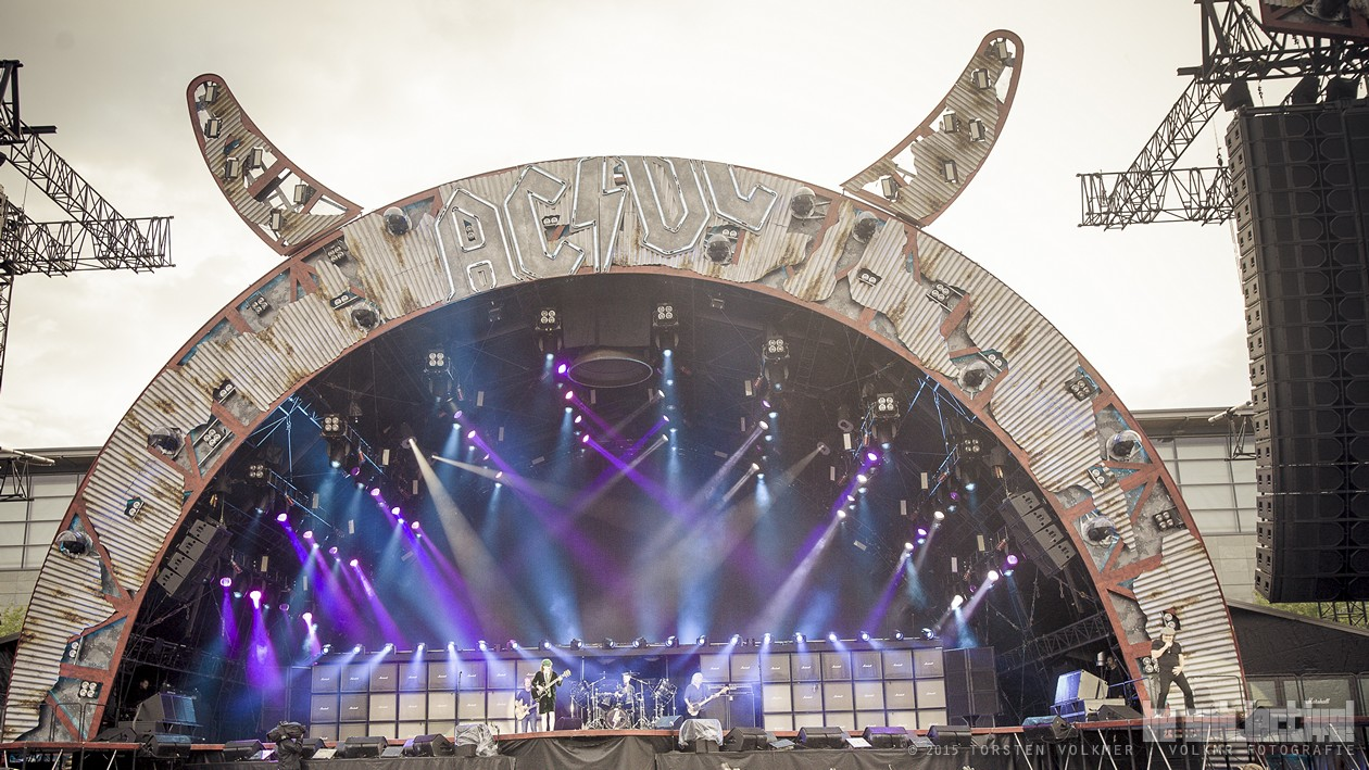 Review Acdc Auf Rock Or Bust Tour Mit The Whiskey Foundation Und