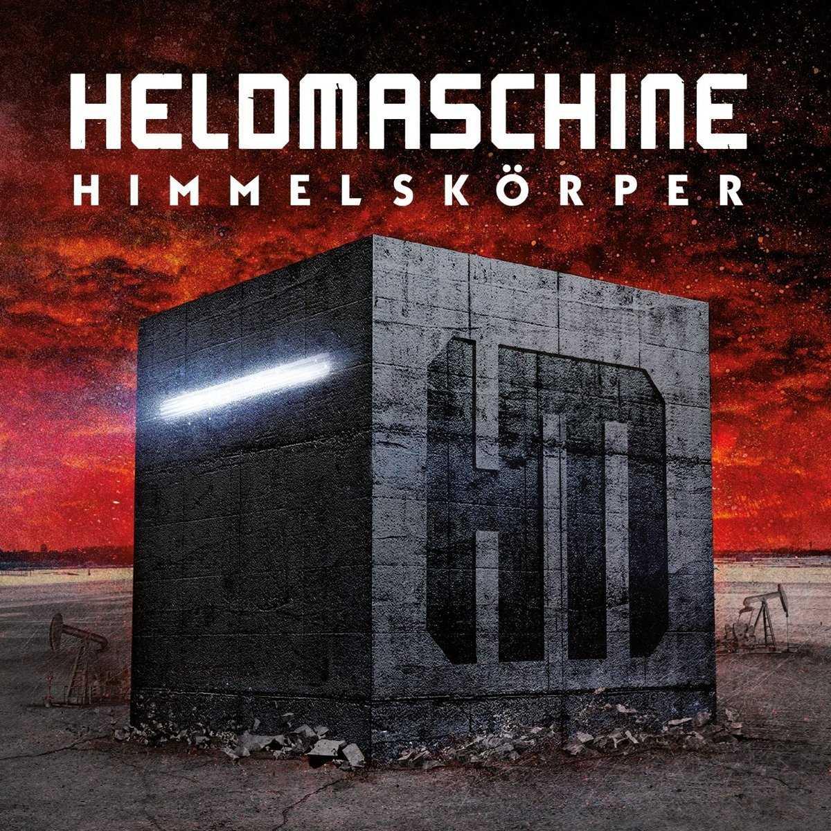 Heldmaschine: Himmelskörper (2016) Book Cover